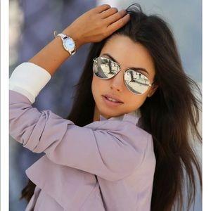 Accessories - Silver mirrored sunglasses